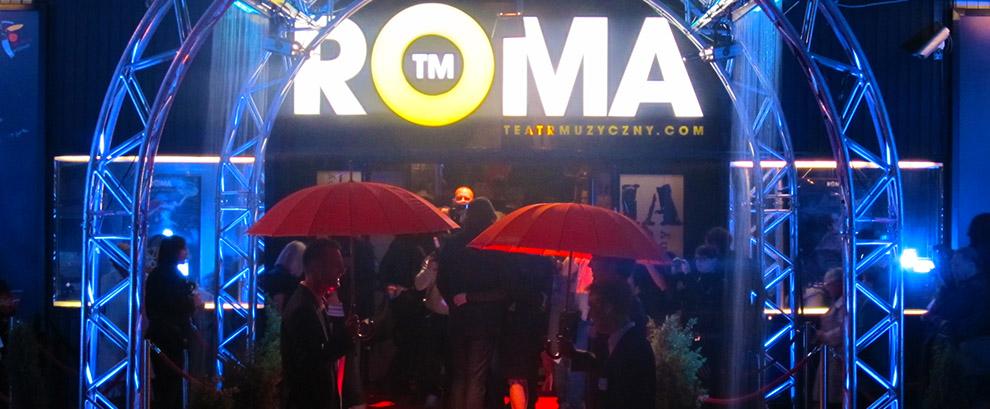 """Premiera """"Deszczowej piosenki"""" w teatrze Roma."""